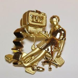 Jewelry - Vintage TGIF pin